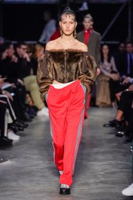 Burberry-19-w-fw19-trend council