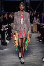 Burberry-21-w-fw19-trend council