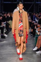 Burberry-23-w-fw19-trend council