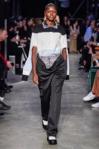 Burberry-29-w-fw19-trend council