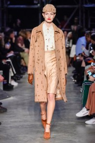 Burberry-44-w-fw19-trend council