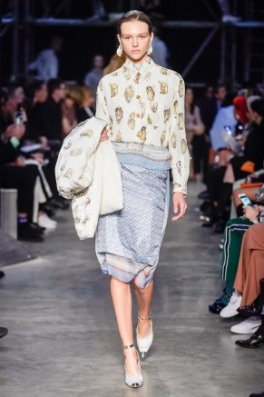 Burberry-71-w-fw19-trend council
