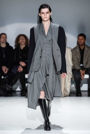 Chalayan-26-w-fw19-trend council