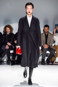 Chalayan-32-w-fw19-trend council