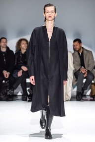 Chalayan-33-w-fw19-trend council