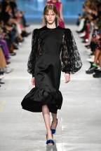 Christopher Kane-15-w-fw19-trend council