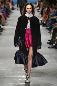 Christopher Kane-18-w-fw19-trend council