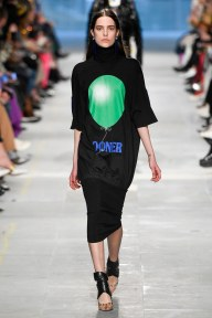 Christopher Kane-33-w-fw19-trend council
