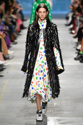 Christopher Kane-34-w-fw19-trend council