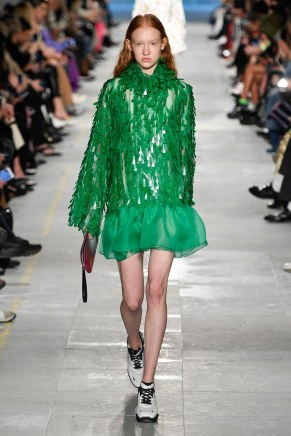 Christopher Kane-35-w-fw19-trend council