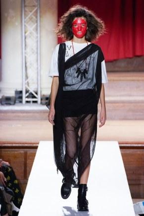 Vivienne Westwood-26-w-fw19-trend council