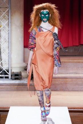 Vivienne Westwood-31-w-fw19-trend council