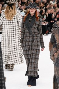 Chanel=06w-fw19-trend council