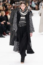 Chanel=08w-fw19-trend council
