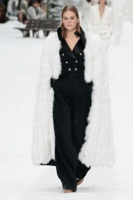 Chanel=59w-fw19-trend council