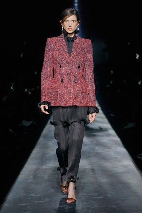 Givenchy-39w-fw19-trend council