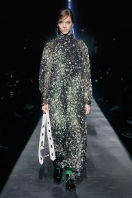Givenchy-45w-fw19-trend council