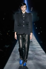 Givenchy-46w-fw19-trend council