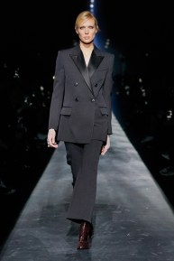 Givenchy-57w-fw19-trend council