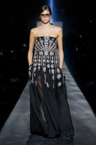 Givenchy-59w-fw19-trend council