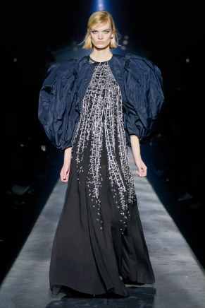 Givenchy-61w-fw19-trend council