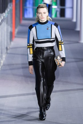Louis Vuitton-38w-fw19-trend council