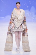 Guo Pei-02ss20-couture