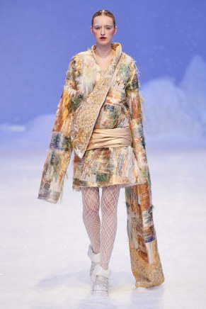 Guo Pei-12ss20-couture