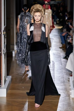 Valentino-38ss20-couture