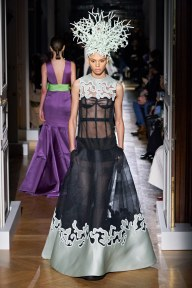 Valentino-46ss20-couture