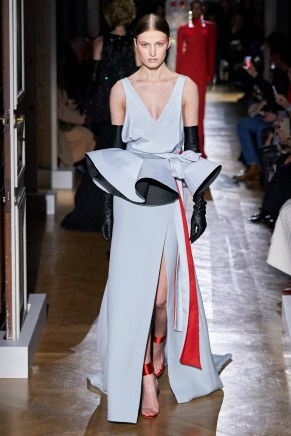 Valentino-52ss20-couture