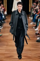 Stella McCartney-10w-fw20-runway-2620