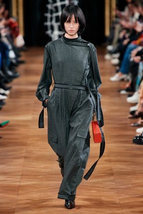 Stella McCartney-12w-fw20-runway-2620