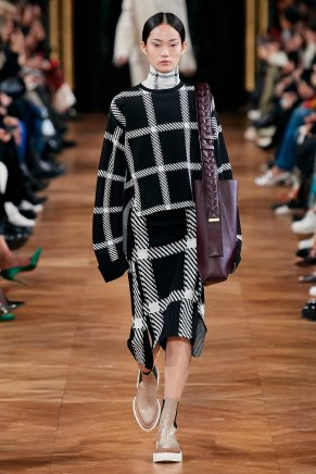 Stella McCartney-13w-fw20-runway-2620