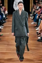 Stella McCartney-15w-fw20-runway-2620