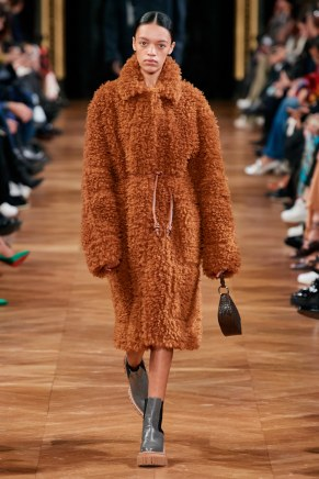 Stella McCartney-26w-fw20-runway-2620