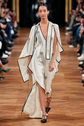 Stella McCartney-46w-fw20-runway-2620